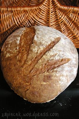 chleb-ciemny-wiejski