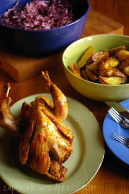 perliczka-z-pieczonymi-ziemniakami